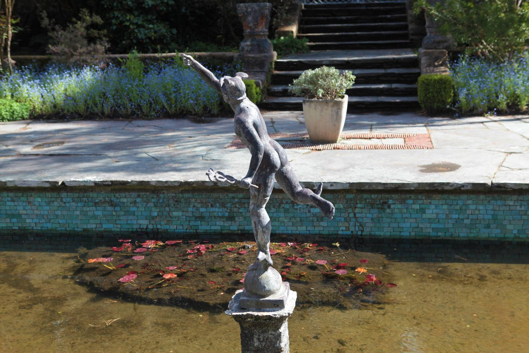 This sculpture in the fountain at the Italian Garden is a copy of Gianbologna's 'Winged Mercury'. OPW.